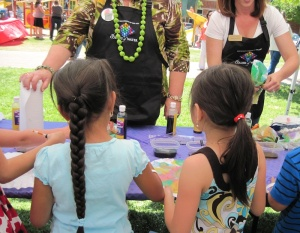 Children Make Tie Dye Art at The Paso Robles Festival of the Arts